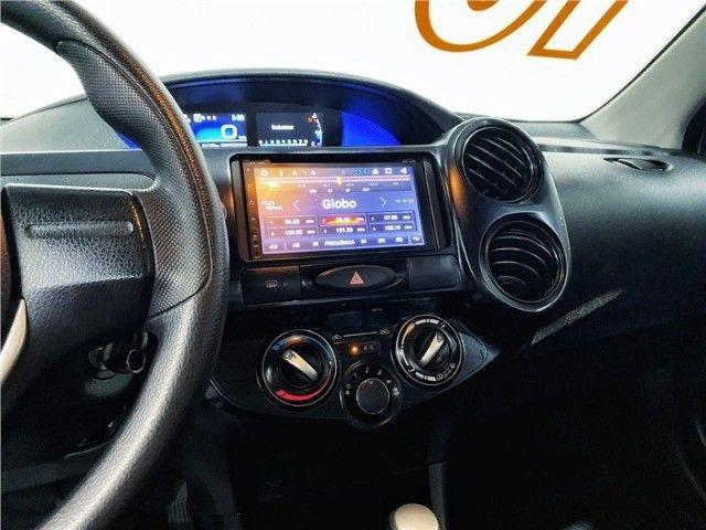 Toyota Etios 1.5 X Sedan 2019 automático Com Multimídia - Foto 2