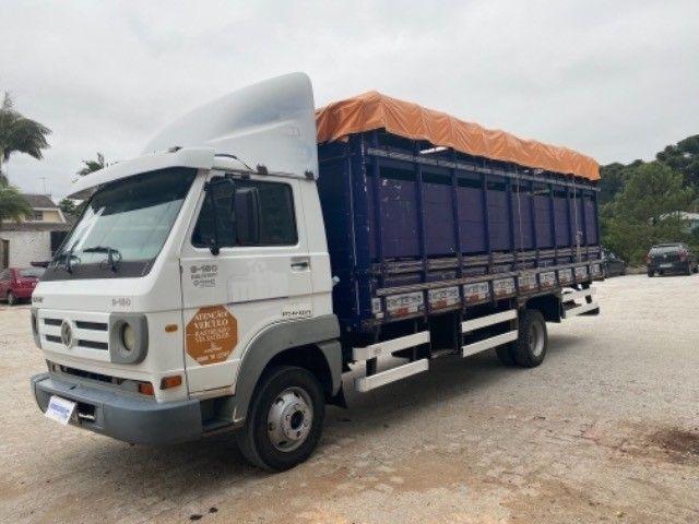 Vw-9.150 delivery ano:11,branco,com carroceria boiadeira de 6,20 mts,ótimo estado  - Foto 7
