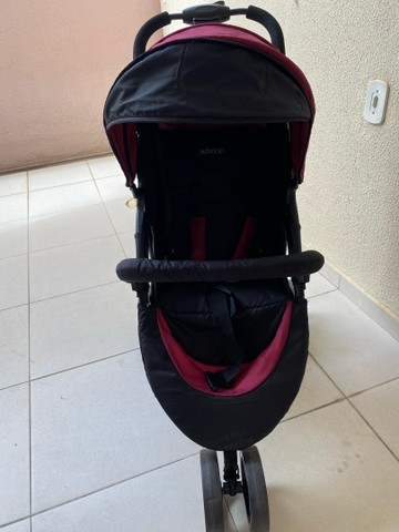 Carrinho de Bebê Travel System Trio Preto e Vinho com Bebê Conforto - Foto 2