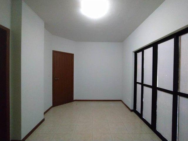 Locação | Apartamento com 130.37m², 3 dormitório(s), 2 vaga(s). Zona 01, Maringá - Foto 5