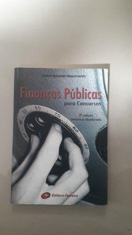 Livros variados - Foto 6