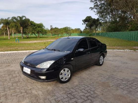 FORD FOCUS SEDAN 1.6