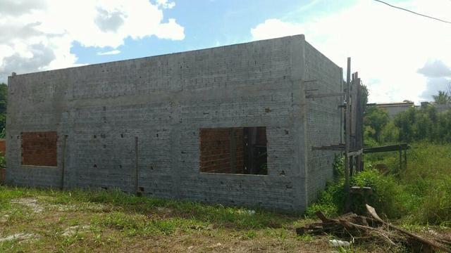 Casa em construção em Terreno Titulado