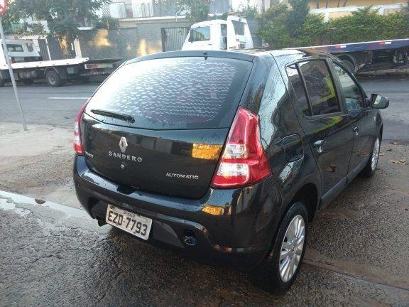 Vende Sandero privilegi 1.6 16v automático 2011/12