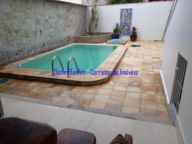 Casa com 04 quartos no bairro Grã-Duquesa - lote inteiro - Foto 3