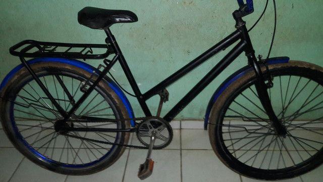 Bicicleta perfeita só com marcas de uso