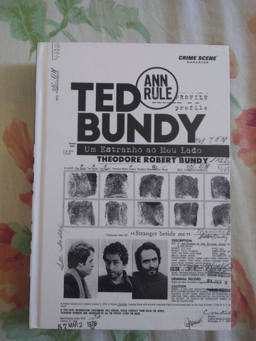 Livro Ted Bundy - Darkside Novo