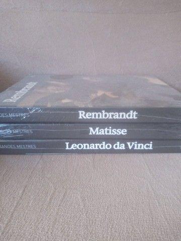 Livros com foto