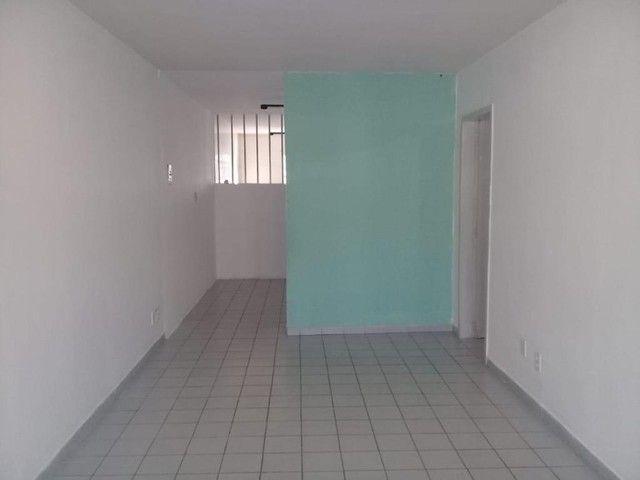 Apartamento com 3 dormitórios para alugar por R$ 750/mês - Foto 3
