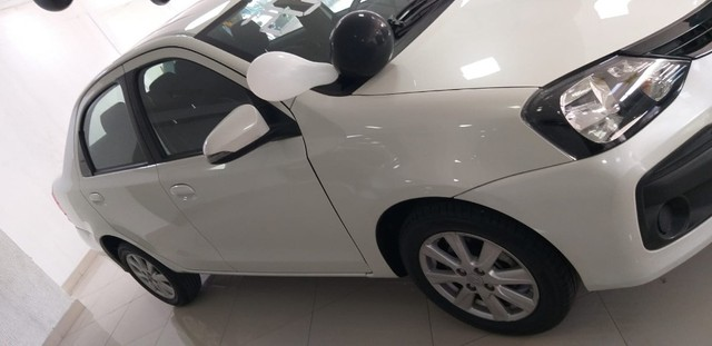 Toyota Etios Xplus Sedan Aut - Foto 6