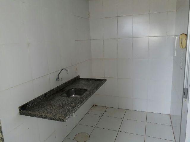 Aluga-se Apartamento 2/4 na 304 norte livre condominio