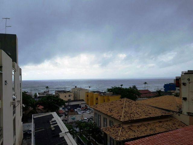 Apartamento 1/4 Pituba - Excelente localização e vista mar R 150 mil