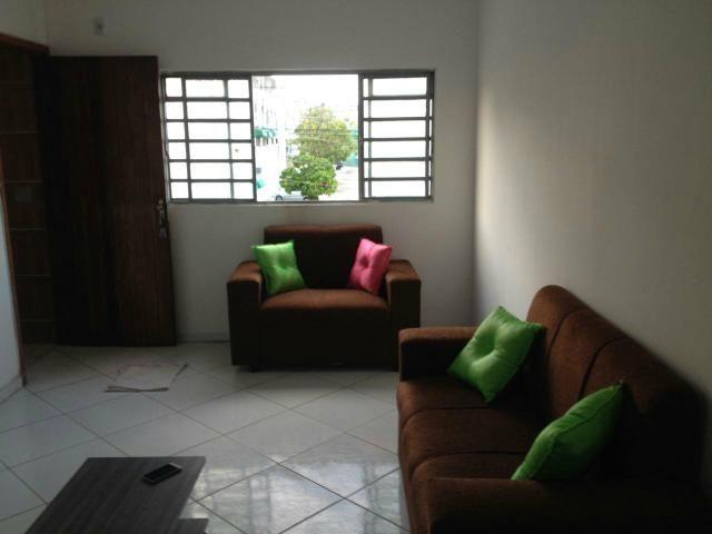 Alugo lindo quarto e sala na area nobre de Maceió