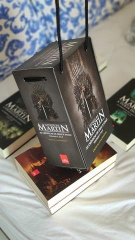 A Guerra dos tronos TODOS os livros - Game of Thrones - Foto 2