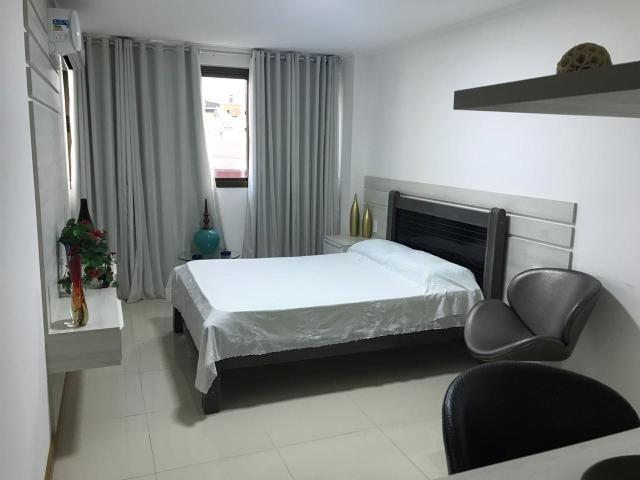 Apartamento com 185 metros com 3 suítes + lavabo na ponta verde - Foto 9