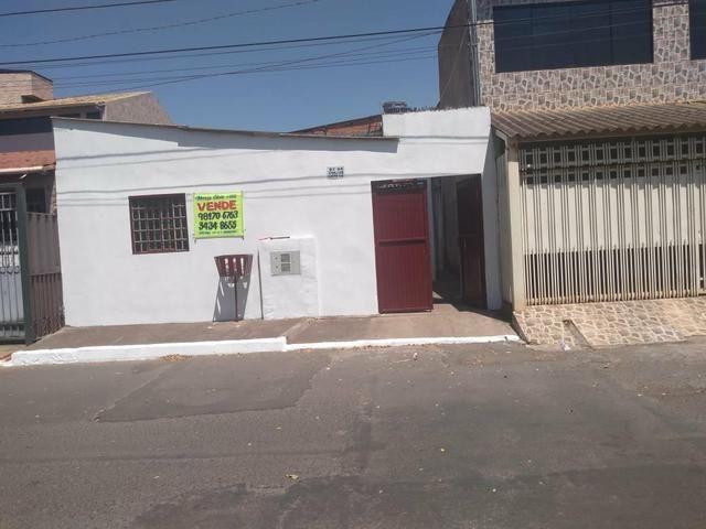 Vendo casa na qc 04 do riacho Fundo II - Foto 9