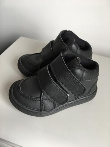 2 sapatos infantis TAM 20 por 30,00