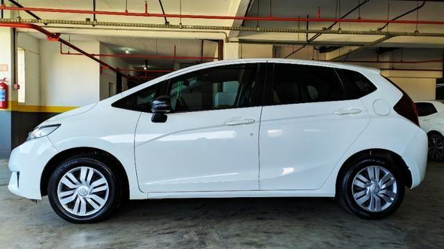 Honda Fit 15/15 64mil KM faz 13.7Km/l Na Cidade - Foto 6