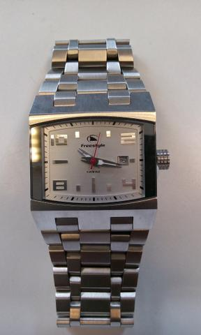 e91a0a8ea44 Relógio Freestyle modelo Cnote Silver - Bijouterias