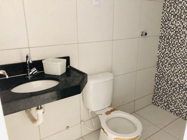DP duplex com 3 quartos,2 banheiros,garagem,coz. americana,amplo quintal prox messejana - Foto 8