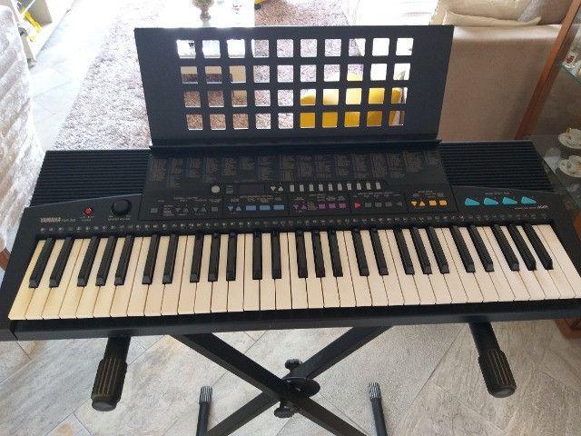 Teclado musical Yamaha PSR 310 - Foto 4
