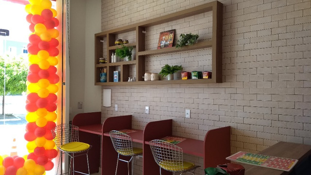 Repasse de ponto. Restaurante completo, novo, bem localizado, ideal para delivery - Foto 2