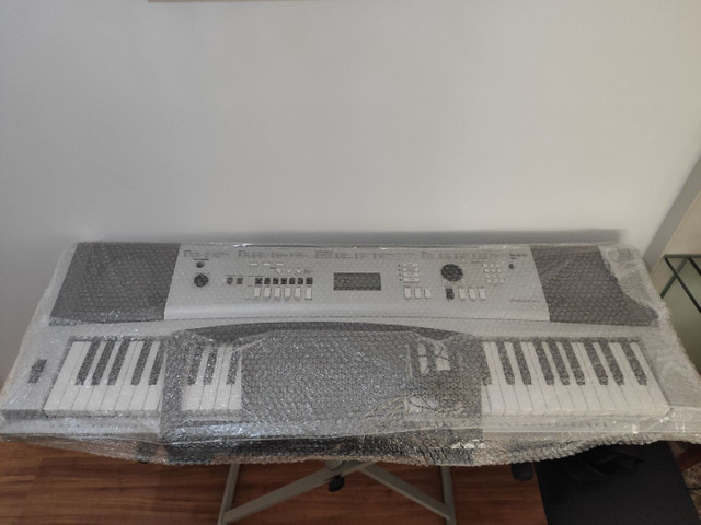 Piano Yamaha DGX 230 NOVO