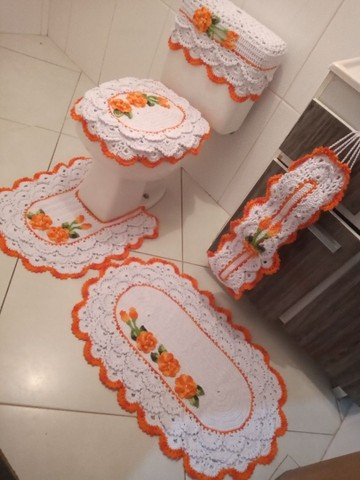 Jogo de Banheiro 05 peças rendado - Foto 2