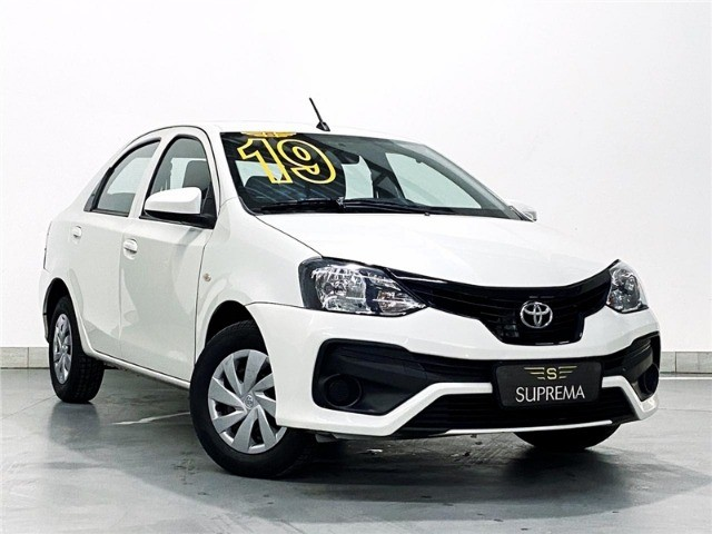 Toyota Etios 1.5 X Sedan 2019 automático Com Multimídia