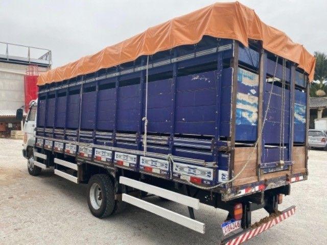 Vw-9.150 delivery ano:11,branco,com carroceria boiadeira de 6,20 mts,ótimo estado  - Foto 10