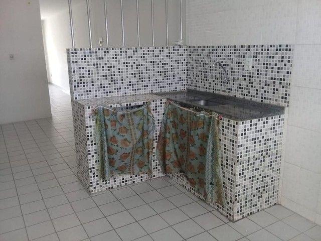 Apartamento com 3 dormitórios para alugar por R$ 750/mês - Foto 7