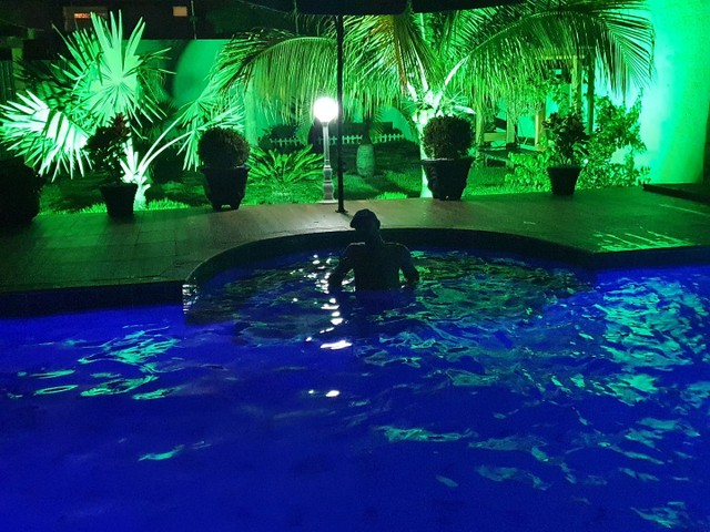 Vendo maravilhosa casa com piscina em Maringá <br> - Foto 11