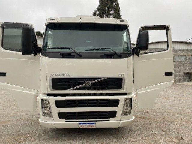 Volvo Fh 420 ano:05,branco,único dono,trucado 6x2,ótimo estado. - Foto 10