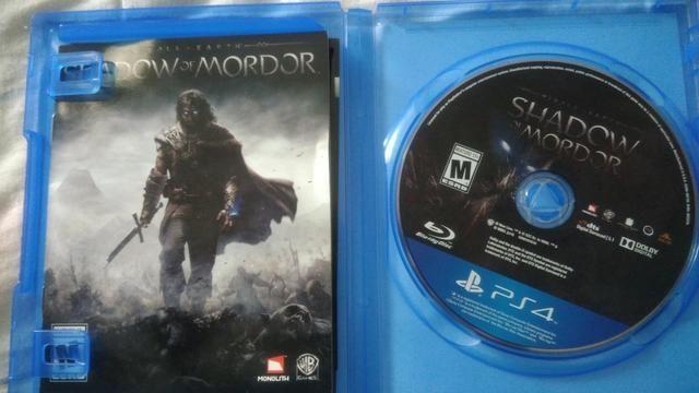 Vendo ou troco Jogo Shadow of Mordor PS4 pouco uso