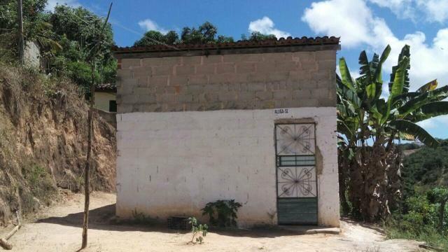 Vende-se uma casa e m Benedito Guaxuma por 8000