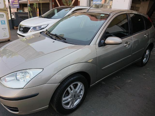 Ford Focus Hacht GLX 1.6 2004 - Foto 5
