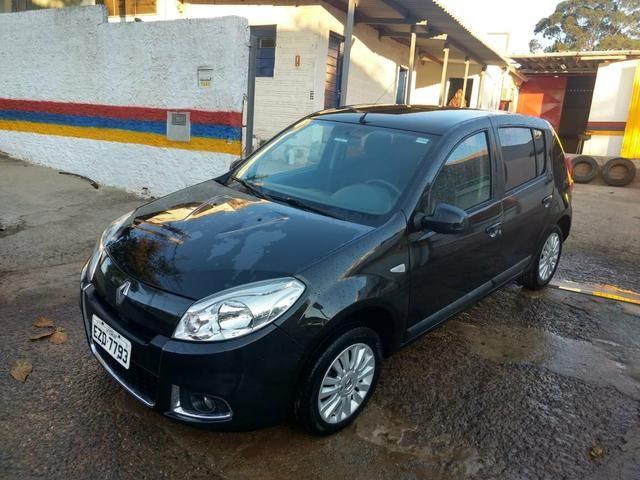 Vende Sandero privilegi 1.6 16v automático 2011/12 - Foto 4