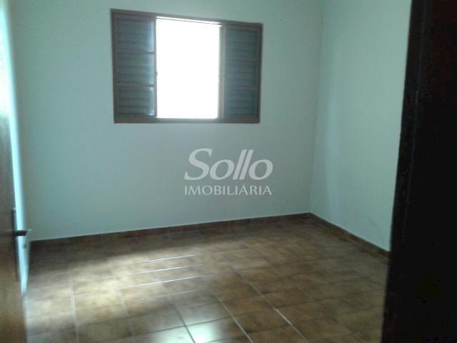 Casa para alugar com 2 dormitórios em Santa mônica, Uberlândia cod:72