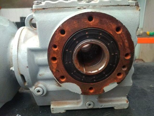 Motoredutor SEW- Eurodrive SA57 - Trifásico seminovo - Foto 2