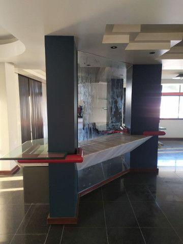 Condomínio Portal das Mansões Luxuoso - 6 quartos sendo 4 suítes - Av.getulio vargas   - Foto 2