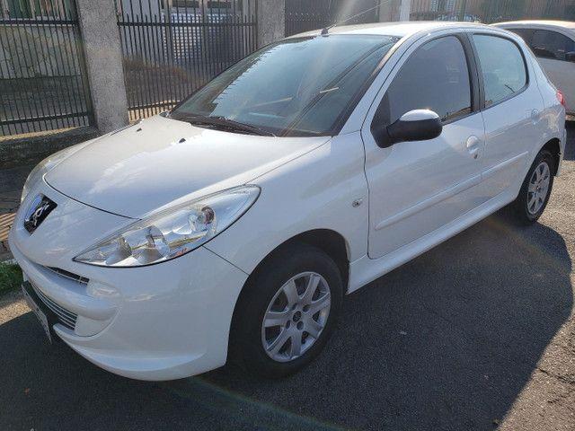 Peugeot 207 1.4 XR completo 2012 impecável