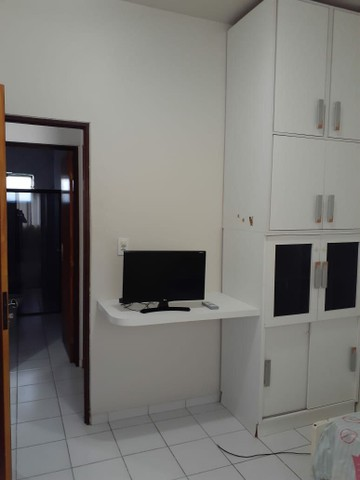 Alugo apartamento mobiliado com dois quartos com suite - Foto 5