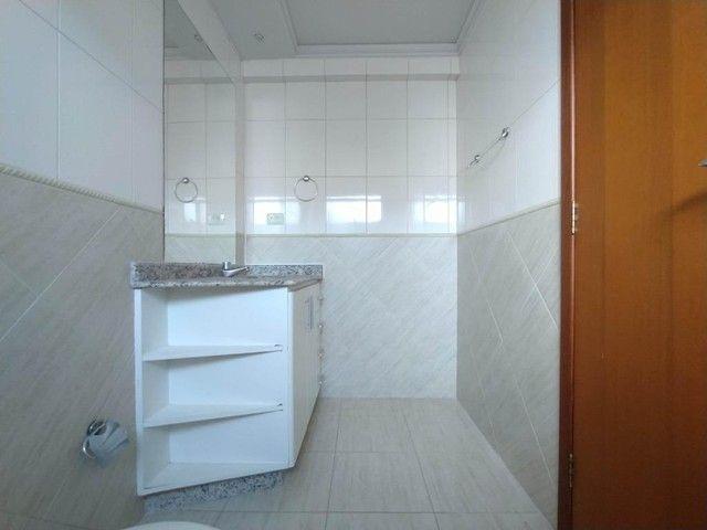 Locação | Apartamento com 130.37m², 3 dormitório(s), 2 vaga(s). Zona 01, Maringá - Foto 9