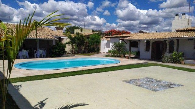 Casa Excelente com Piscina, Área de Churrasqueira e Muito Verde no Muchila - Foto 9