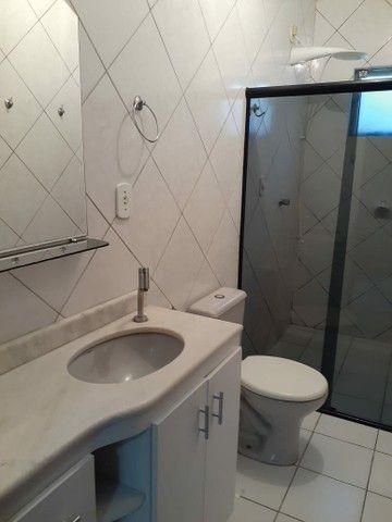 Alugo apartamento mobiliado com dois quartos com suite - Foto 6