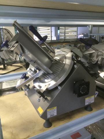 Cortador de frios / laminador de frios e embutidos- Automático axt-30i marca Gural - Foto 2