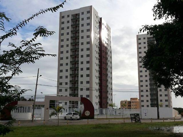 Apartamento com varanda e jardim, no Conjunto Santa Lúcia (Jabotiana) - Solar Mediterrâneo