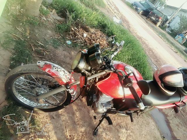 Vendo moto Fan125 partida elétrica