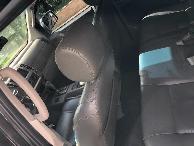 Nissan Frontier 2.5 LE 4x4 Automática Impecável - Foto 9