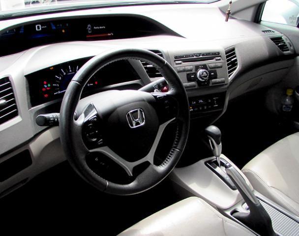 Honda Civic  Sedan LXR 2.0 Flexone 16V Aut. 4p FLEX AUTOMÁT - Foto 3